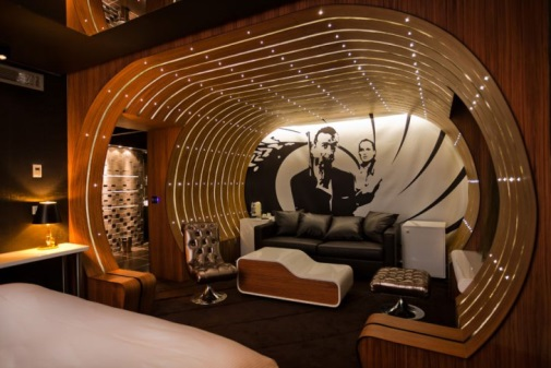 james bond room